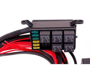 MaxxECU relay and fuse box